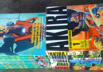 AKIRA ความต่างของหนังสือการ์ตูนพิมพ์เก่ากับพิมพ์ใหม่ (ก็เก่าแล้วนะ)